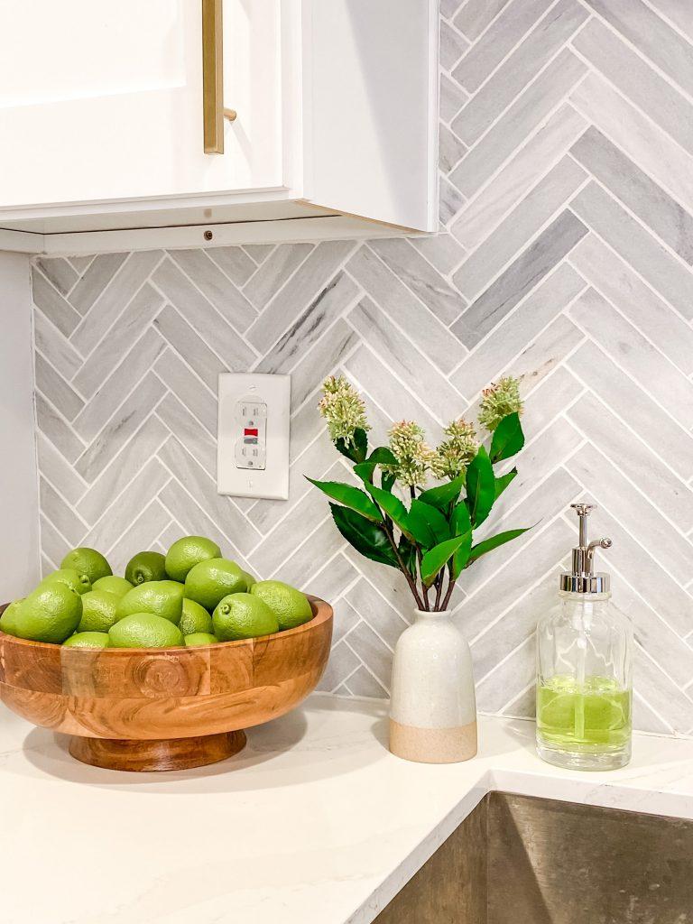 ideas for kitchen counter decor